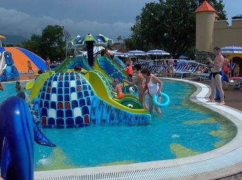 Детская площадка на воде, городок Акуленок