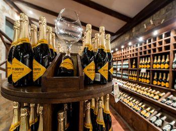 Фирменное шампанское Абрау Дюрсо