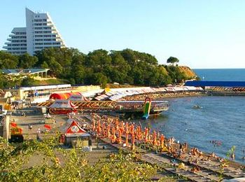 Городской пляж курортного города