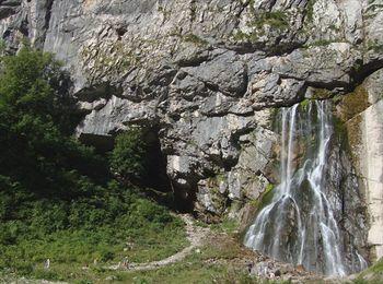 Гегский водопад во всей своей красе и великолепии