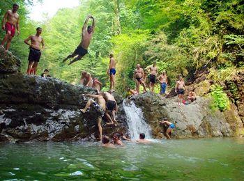 В ущелье реки Восточный Дагомыс