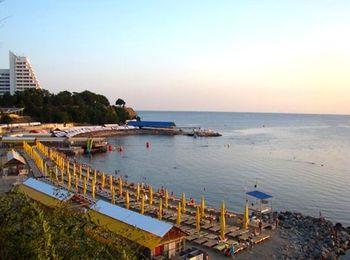 Галечный пляж Малая бухта