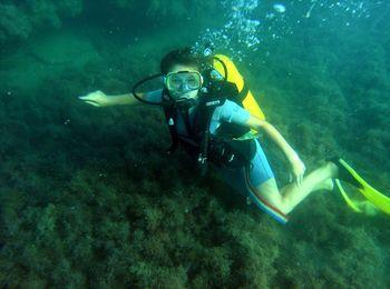 Захватывающее подводное плавание в дайвинг-центре