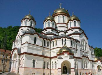Пятикупольный Свято Пантелеймоновский собор