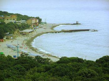 Пляжная зона базы отдыха