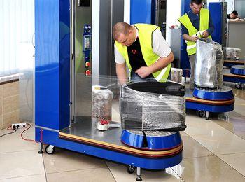 Услуги упаковки багажа не заставят туристов переживать за целостность вещей