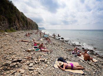 Летний отдых на лучших галечных пляжах