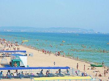Собственный пляж отеля в Витязево