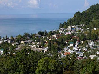 Живописный поселок у Черного моря