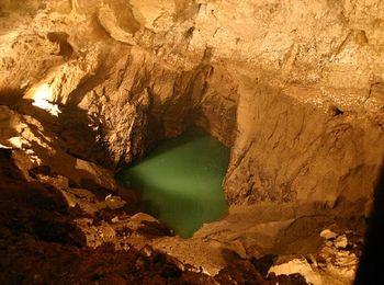Потрясающие подземные водоемы