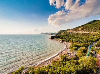 Чистый песок, спокойное море  Анапы