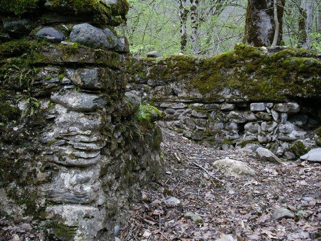 Исторические останки крепости на Великом шелковом пути