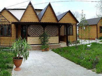 Тур-база Крестьянское подворье в самом центре поселка