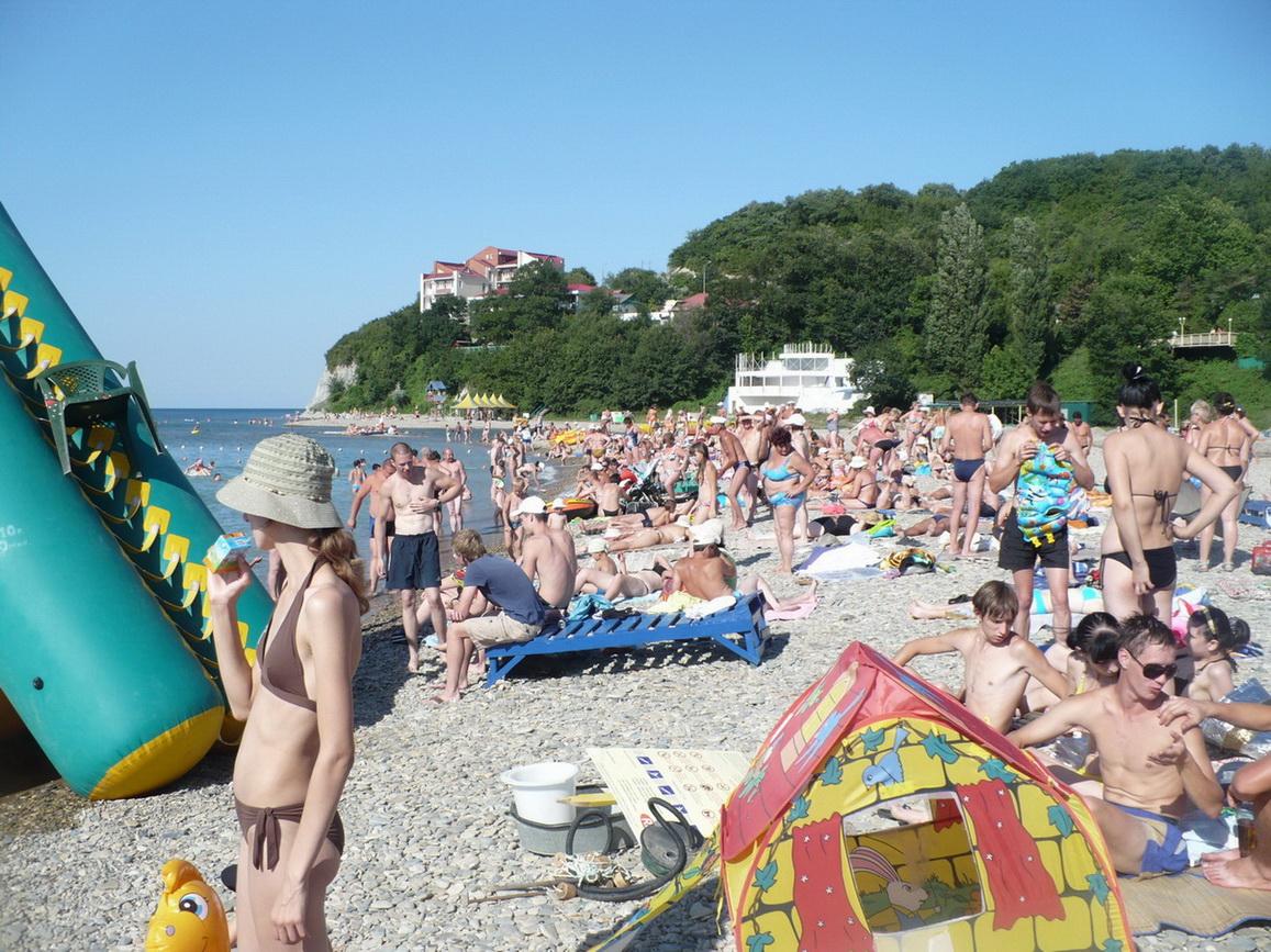 Отдых на галечном пляже