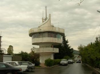 Расширяющаяся кверху Видовая башня