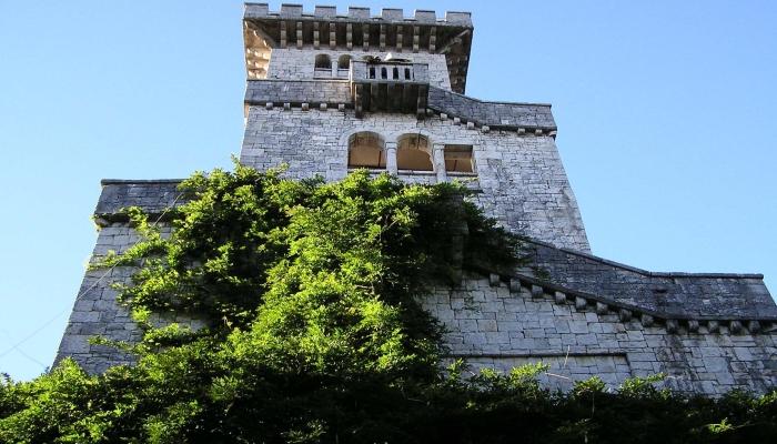 Романская смотровая башня
