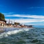 Отель в Лазоревском у побережья со своим бассейном