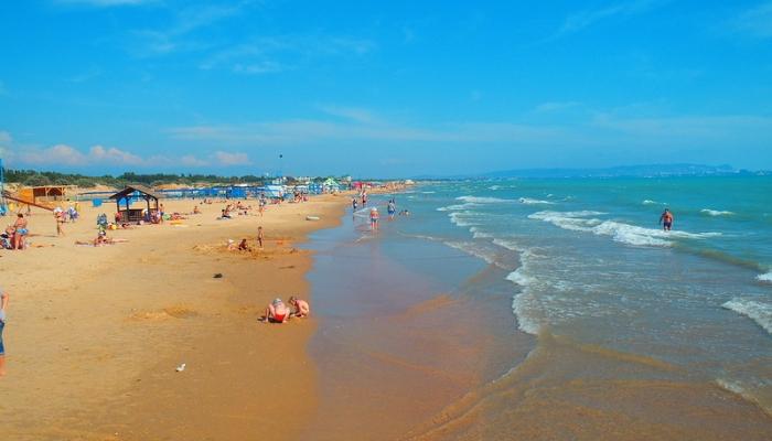 Центральный пляж Благовещенской
