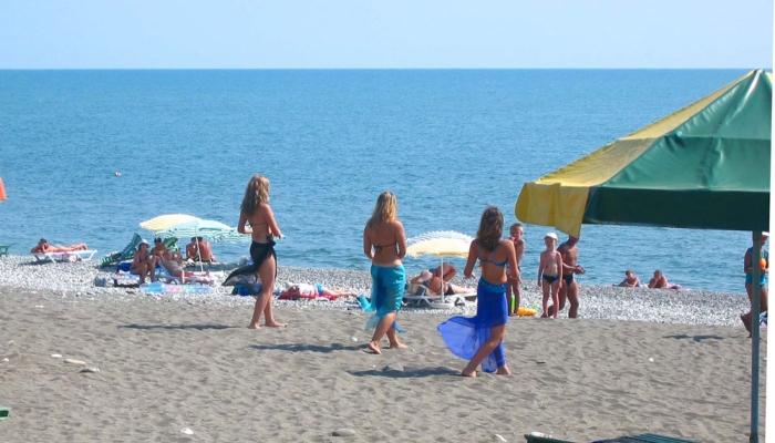 Песчаный пляж пансионата растянулся в длину на 40 км