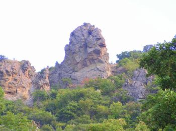 Граница между бухтами - скала Баба-Яга