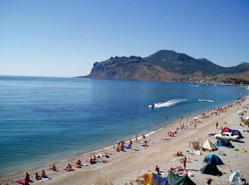 Полудикий пляж - Тихая бухта