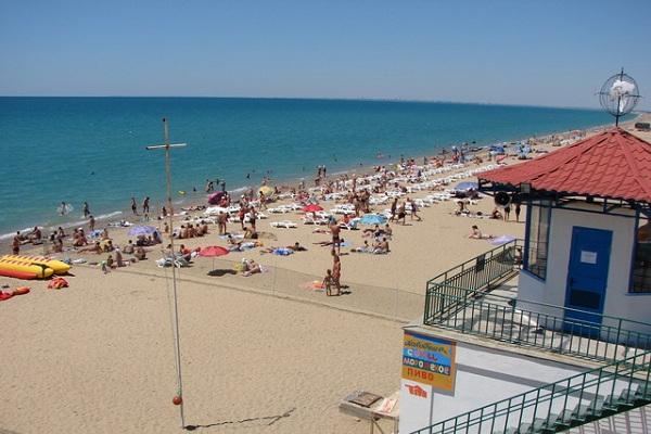 Пляж Прибой пользуется популярностью среди туристов