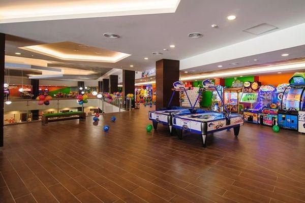 Центр развлечений Gorky Gorod Mall