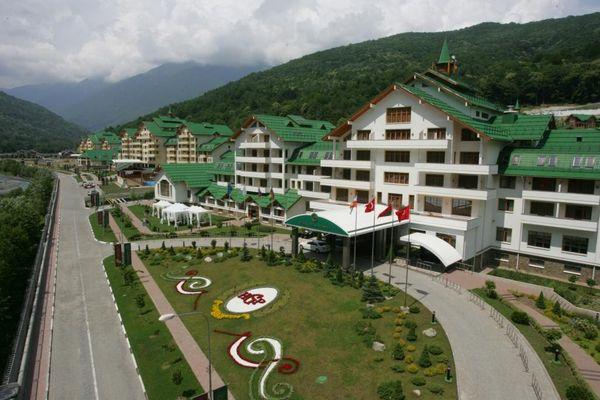 Пятизвездочный Гранд Отель Поляна