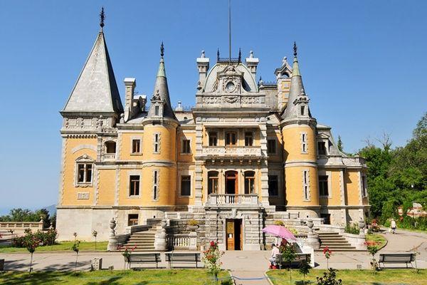 Массандровский дворец в стиле эпохи Возрождения