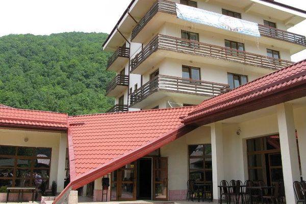 Бюджетный вариант проживания в гостинице Вертикаль