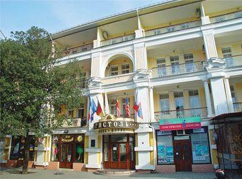 Бристоль - старейший отель Ялты