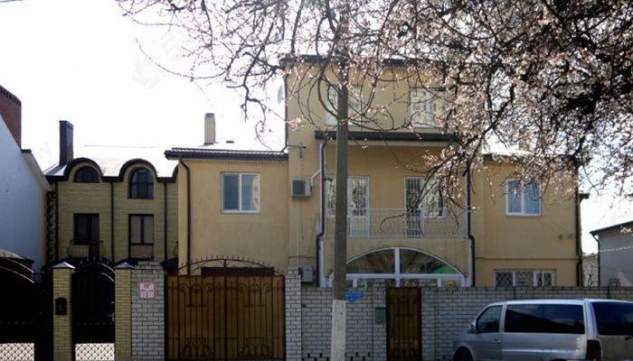 Трехэтажный дом Святич