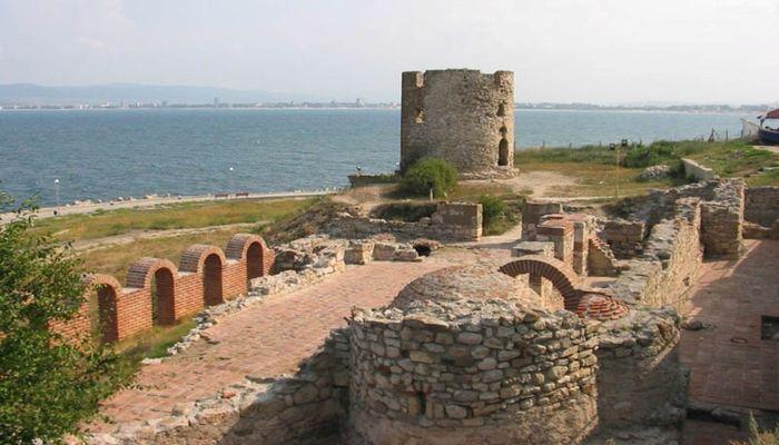 Развалины крепости Алупка-Исар
