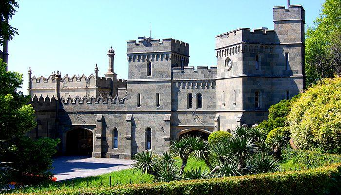 Дворец был восстановлен в статусе музея