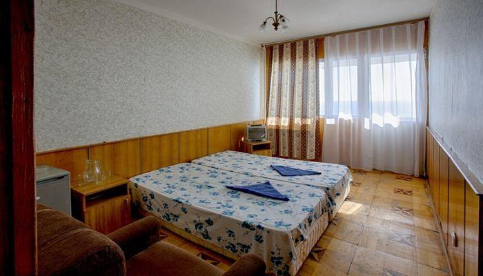 Гостиница из 135 номеров