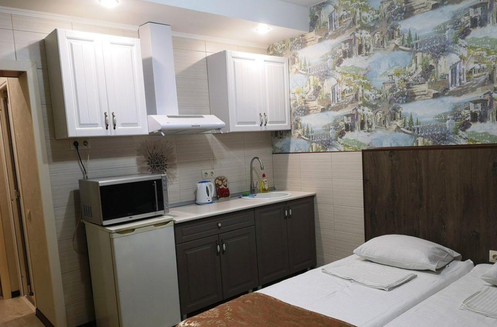 """Стандарт с мини-кухней гостевой дом """"Эдельвейс"""""""